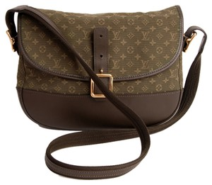 Louis Vuitton Belanger Leather I Bought This On Tradesy And Never Used Cross Body Bag
