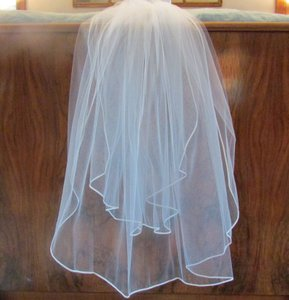 Erin Cole Bridal Couture Erin Cole Bridal Couture 2-tier Veil