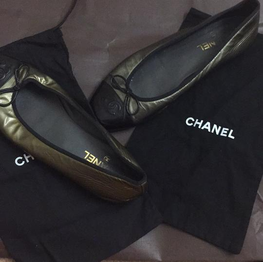 Chanel Silver/black Flats