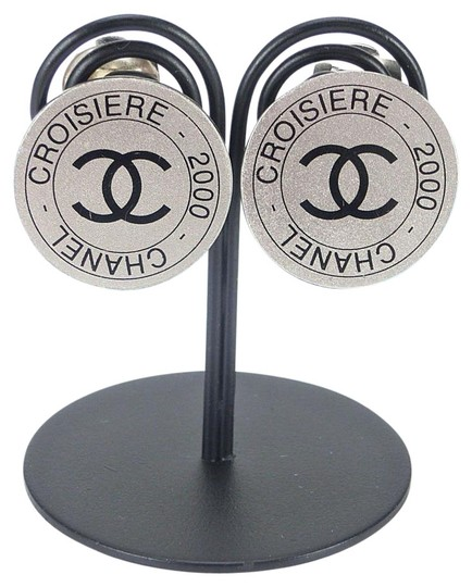 Chanel CC Croisiere 2000 (Cruise 2000 Collection) Round Clip On Earrings
