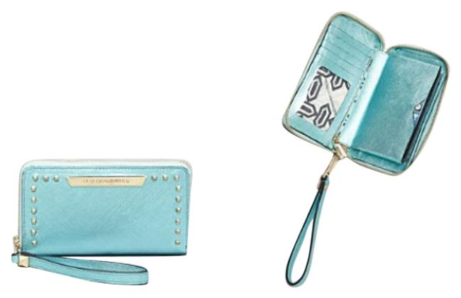 Item - Aqua Leather Wristlet