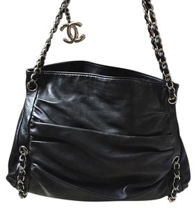 Chanel Black Leather Handbag Lambskin Shoulder Bag