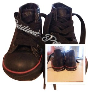 Converse Black/Red/White Leather Athletic