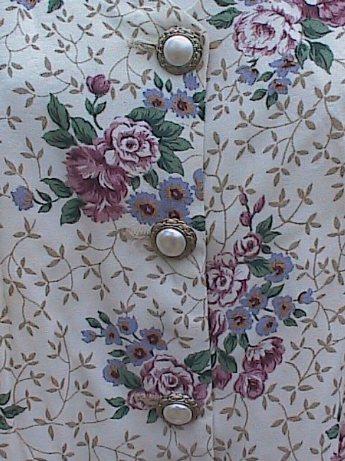 Just In Thyme 2 pc Floral Skirt Suit