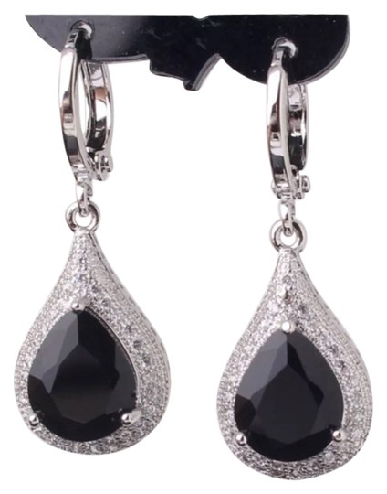 Other Brand NEWBlack/White Topaz GF Pear Shape Earrings