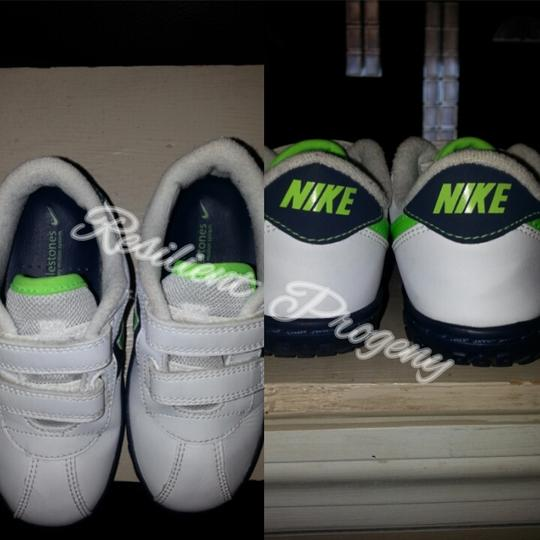 Nike White/Electric Green/Mid Navy Athletic