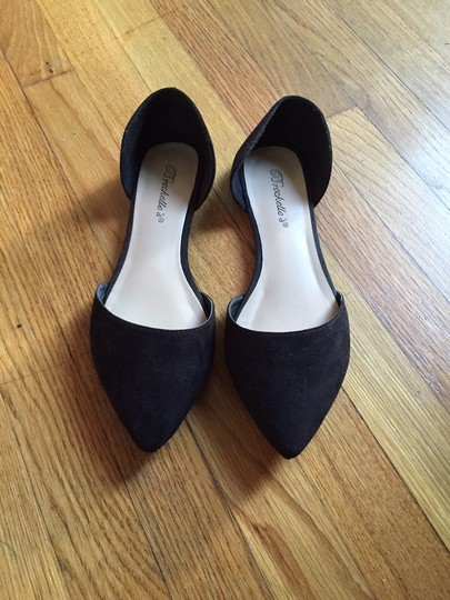 Breckelle's Suede Formal Casual Pointed Toe Black Flats