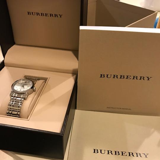 Burberry watch Image 5