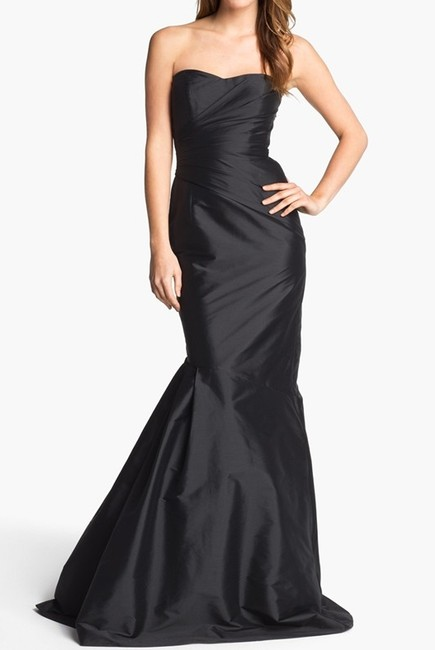 Item - Black Ml Strapless Trumpet Gown. Style Number: 675698 Formal Bridesmaid/Mob Dress Size 10 (M)