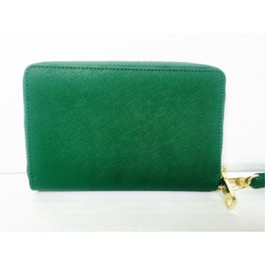 Tory Burch Tory Burch Green Wristlet Wallet New With Tags