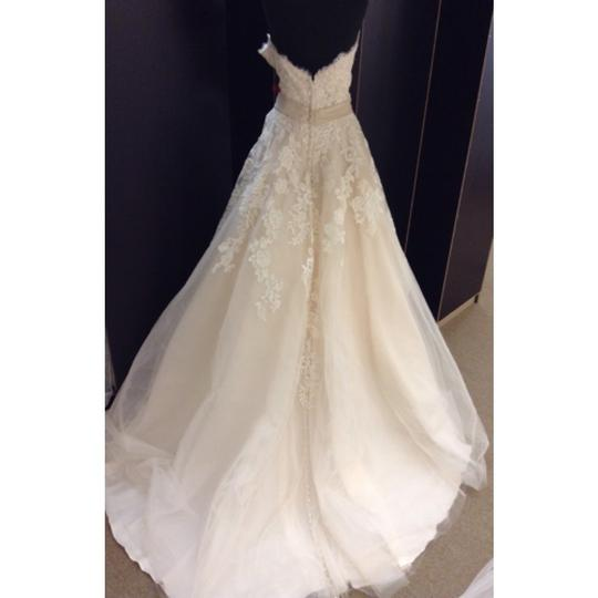 Allure Bridals Ivory/Light Gold Lace & Tulle Formal Wedding Dress Size 20 (Plus 1x)