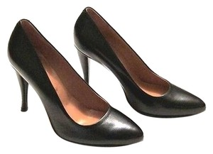Robert Clergerie Classics Black Pumps
