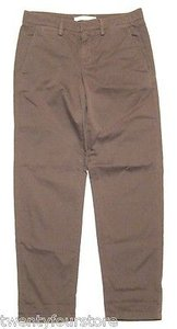 Vince Relaxed Cropped Chino In Olive Pants