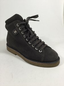 Chanel Ch.j0701.10 Gray Dark Chocolate Boots