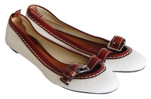 Chloé White and Brown Flats