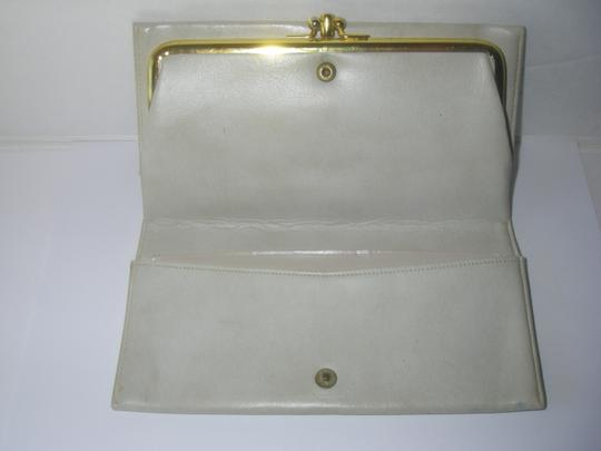 Baronet Baronet White Leather Clutch Wallet Double Snap Lock w/Double Compartment Kiss Lock Coin Purse