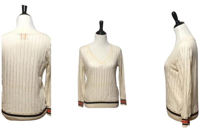 Item - Ivory Multi Colors Sweater