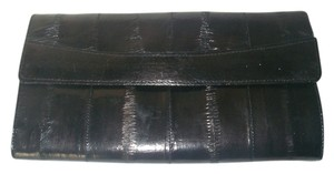 Lee Sands Eel Skin Wallet Black Eelskin Leather Long Trifold Magnetic Snap Close Lock