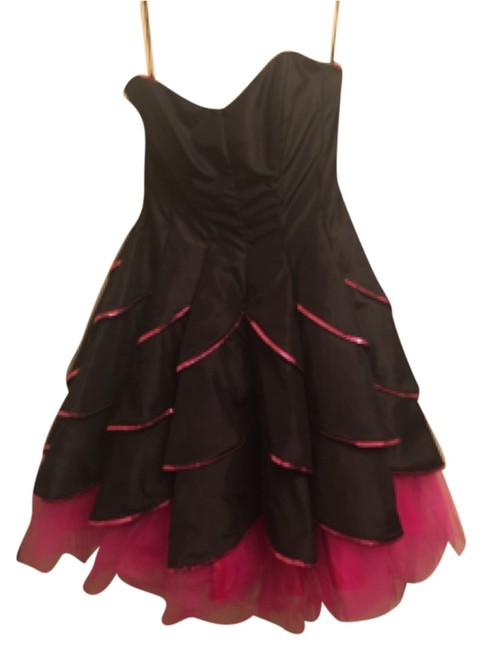 Preload https://item2.tradesy.com/images/betsey-johnson-fuchsia-and-black-rc4673-above-knee-formal-dress-size-4-s-6050686-0-0.jpg?width=400&height=650
