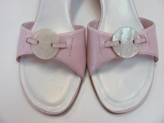 Dress Barn Leather Very Good Condition Size 7.50 M Pink Sandals