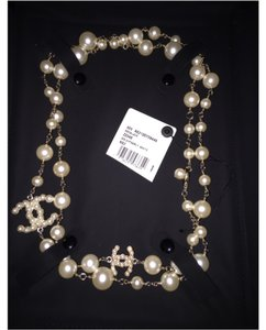 Chanel Chanel Bubble Pearl CC Reversible Pearl Necklace