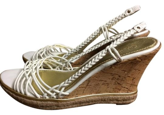 Preload https://img-static.tradesy.com/item/6053680/cole-haan-white-and-gold-wedges-6053680-0-0-540-540.jpg