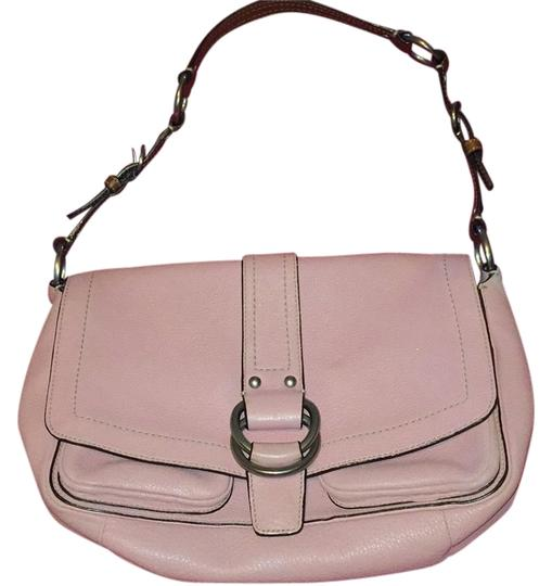 Preload https://item1.tradesy.com/images/coach-light-pink-leather-shoulder-bag-6057910-0-0.jpg?width=440&height=440