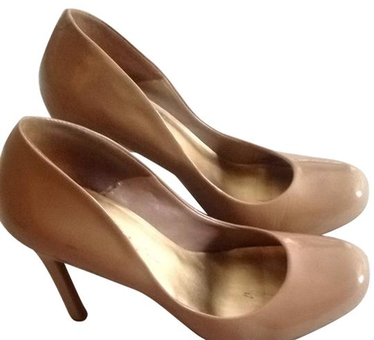 Preload https://item4.tradesy.com/images/jessica-simpson-nude-pumps-size-us-8-regular-m-b-6058303-0-0.jpg?width=440&height=440