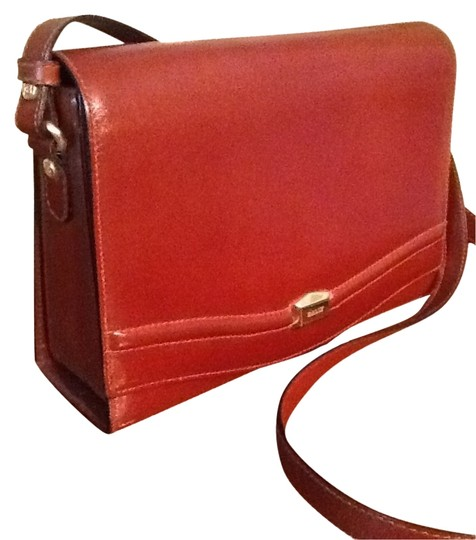 Preload https://item3.tradesy.com/images/bally-brown-leather-cross-body-bag-6059137-0-0.jpg?width=440&height=440