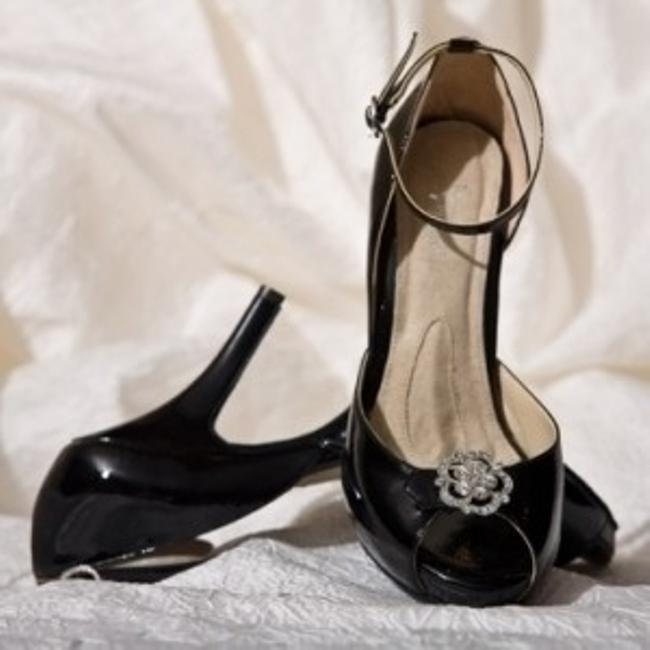Item - Black Starletta Patent Platforms Size US 8.5