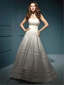 Alfred Angelo 827 Wedding Dress