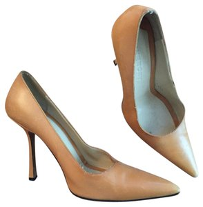 Givenchy Leather Tan Beige Tan, Brown Pumps