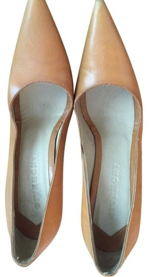 Givenchy Leather Beige Tan, Brown Pumps