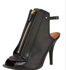 Preload https://item2.tradesy.com/images/givenchy-bootsbooties-size-us-65-regular-m-b-6062791-0-0.jpg?width=440&height=440