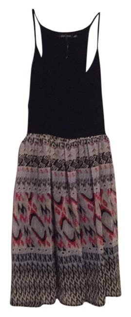 Preload https://item4.tradesy.com/images/above-knee-short-casual-dress-size-4-s-6063088-0-0.jpg?width=400&height=650