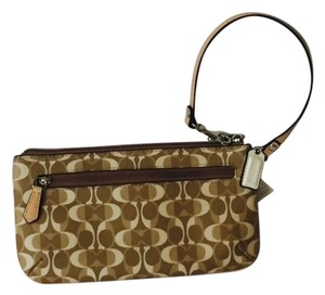 Coach Wallet Signature Wristlet