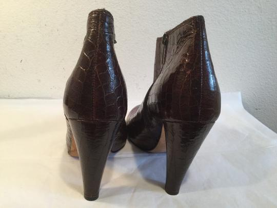 Twelfth St. by Cynthia Vincent Italy PRICE REDUCTION Brown embossed all leather inc cylinder heels zippers cute buttons Italian ankle Boots