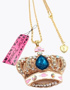 Betsey Johnson NWT Betsey Johnson Crystal Crown Pendant Necklace