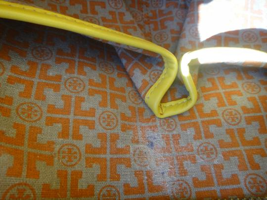 Tory Burch Tote in Yellow Moustard