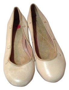 Marc Jacobs Cream Flats