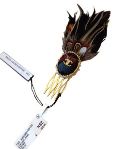 Chanel CHANEL NWT LADIES' HAIR COMB FROM THE FEATHER COLLECTION