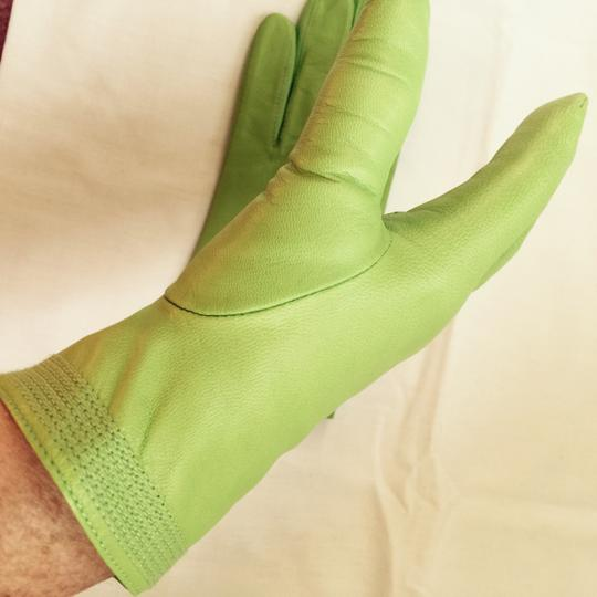 Fownes Ladies Winter Lime Green Lined Gloves (7)--NEVER WORN