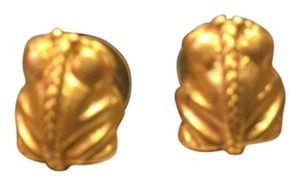 24 k gold frog earrings from Costa Rica