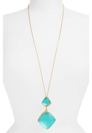 Preload https://item3.tradesy.com/images/alexis-bittar-turquoise-lucite-crystal-encrusted-drop-pendant-32-new-with-tags-necklace-6071812-0-0.jpg?width=440&height=440