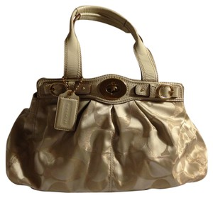 Coach Satchel in Parchment