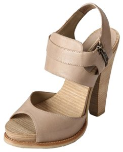 Mia Shoes Platform Heels Size 7 Neutral Natural Platforms