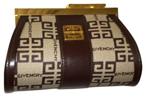 Givenchy Barrel Coin Purse No. 22-925