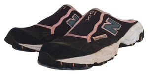 New Balance Black/pink Athletic