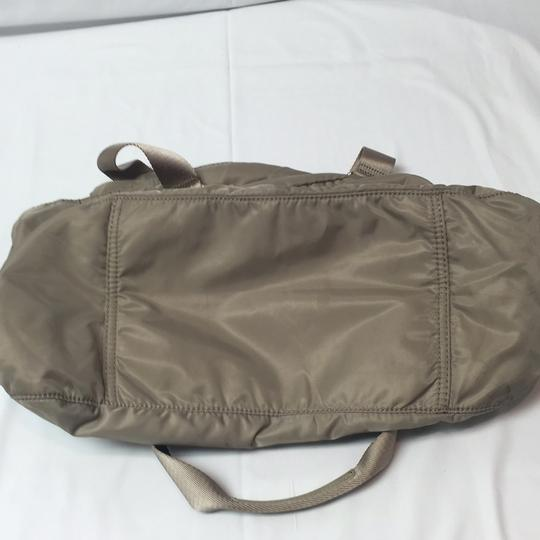 Lacoste Tote in Taupe