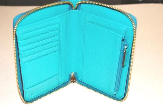 Gucci Gucci Blue Swing Leather Wallet